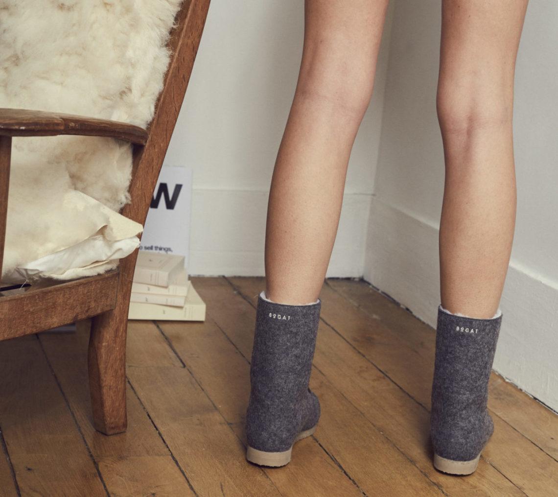 Bogat présente ses boots chaudes, douces, douillettes et résistantes en laine feutrée mérinos naturelle. La collection Bogat Paris-Paris, Bogat Mostar, Bogat Odessa, Bogat Vladivostok